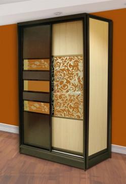 Двухдверный шкаф. Комбинация вставок 1